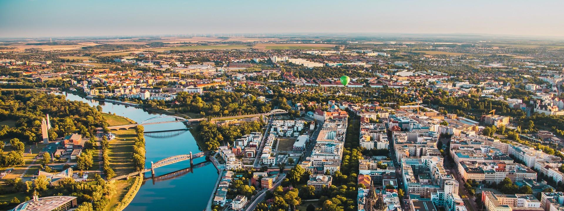 Luftbild der Stadt Magdeburg
